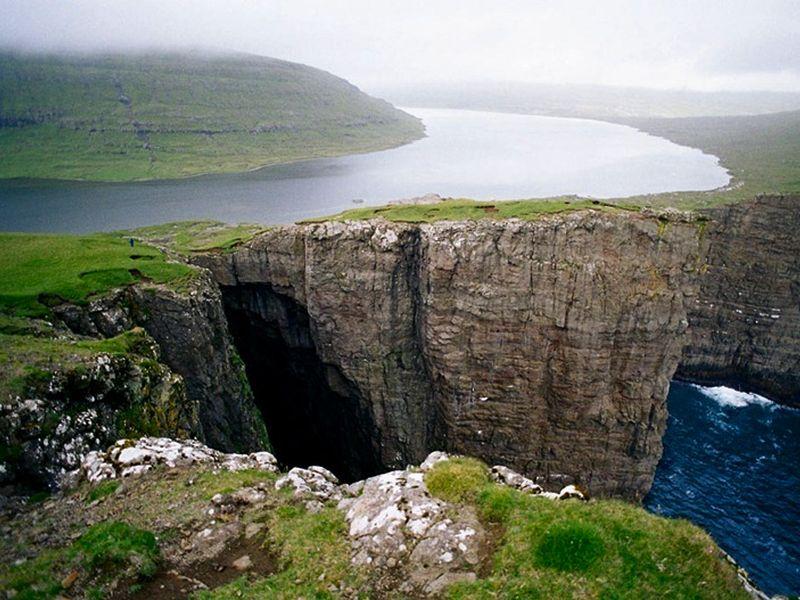 Færøer Eilanden hotelrondreis met eigen auto & ferry 8 dagen boeken? reizen Land/Færøer|Categorie/Faroer rondreizen ? Lees eerst hier voordat je boekt.