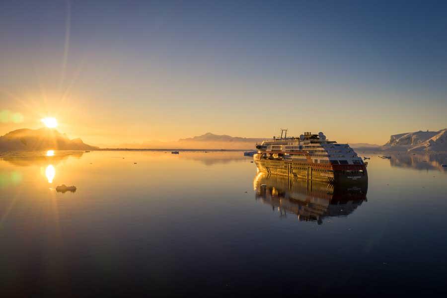 2022 18-Daagse Hurtigruten expeditie; Ontdek Patagonië en Antarctica