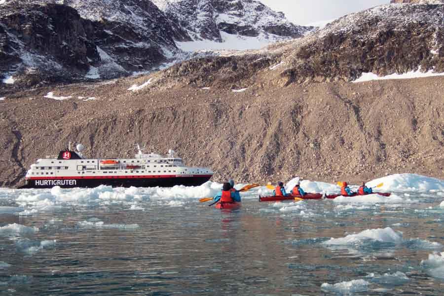 Sfeerimpressie 2021 10-Daagse Hurtigruten Expeditie rondom Spitsbergen - In het rijk van de ijsbeer