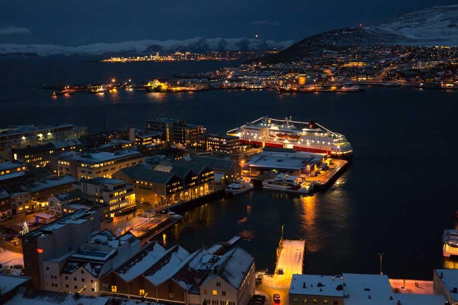 HUNOKKNBGO21_22_Noorwegen_2021_22_6_Daagse_Hurtigruten_Noorderlicht_reis_Kirkenes___Bergen_1 Noorderlichtreizen