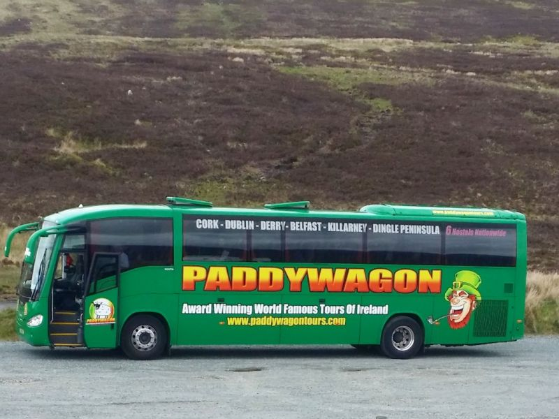 ierland paddywagon tours. Black Bedroom Furniture Sets. Home Design Ideas