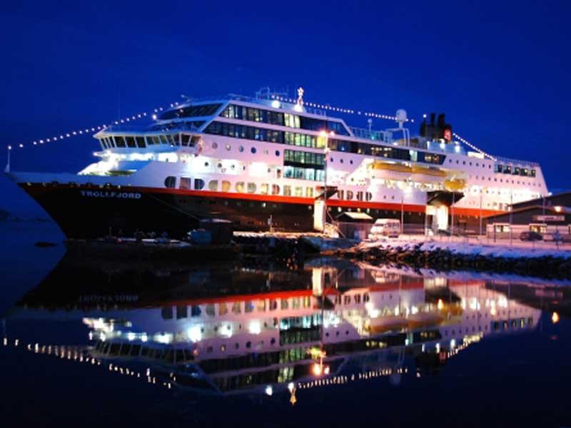 2018 12 Daagse Hurtigruten kerstspecial Bergen - Kirkenes - Bergen